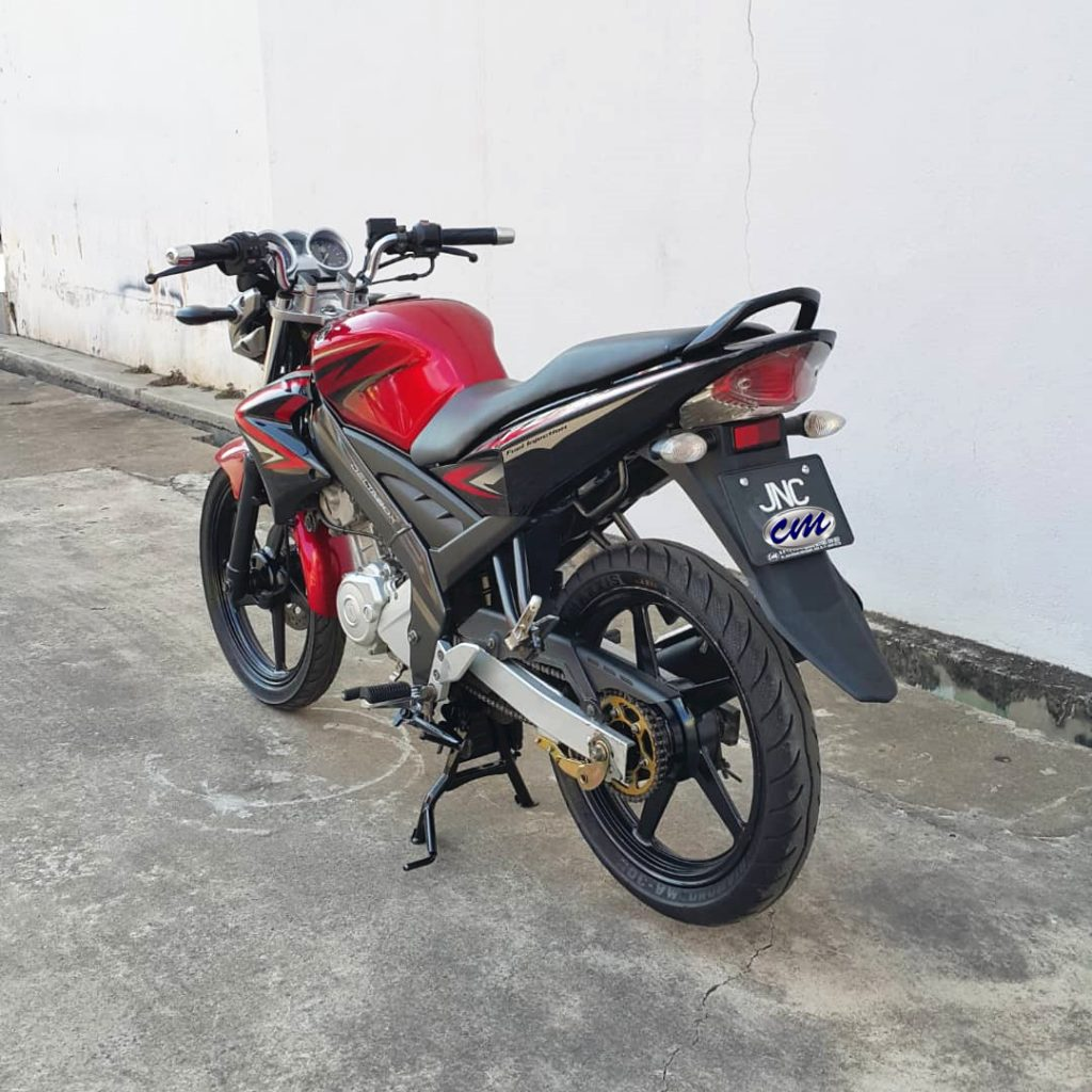 Yamaha FZ 150 i ( Fuel Injection ) 2011