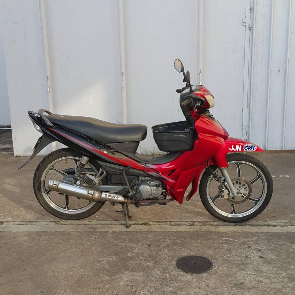 Yamaha Lagenda 110 ( Starter Tangan ) 2005
