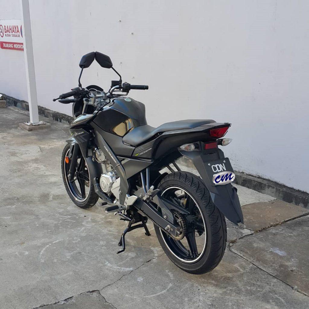 Yamaha FZ 150 i ( Fuel Injection ) 2014