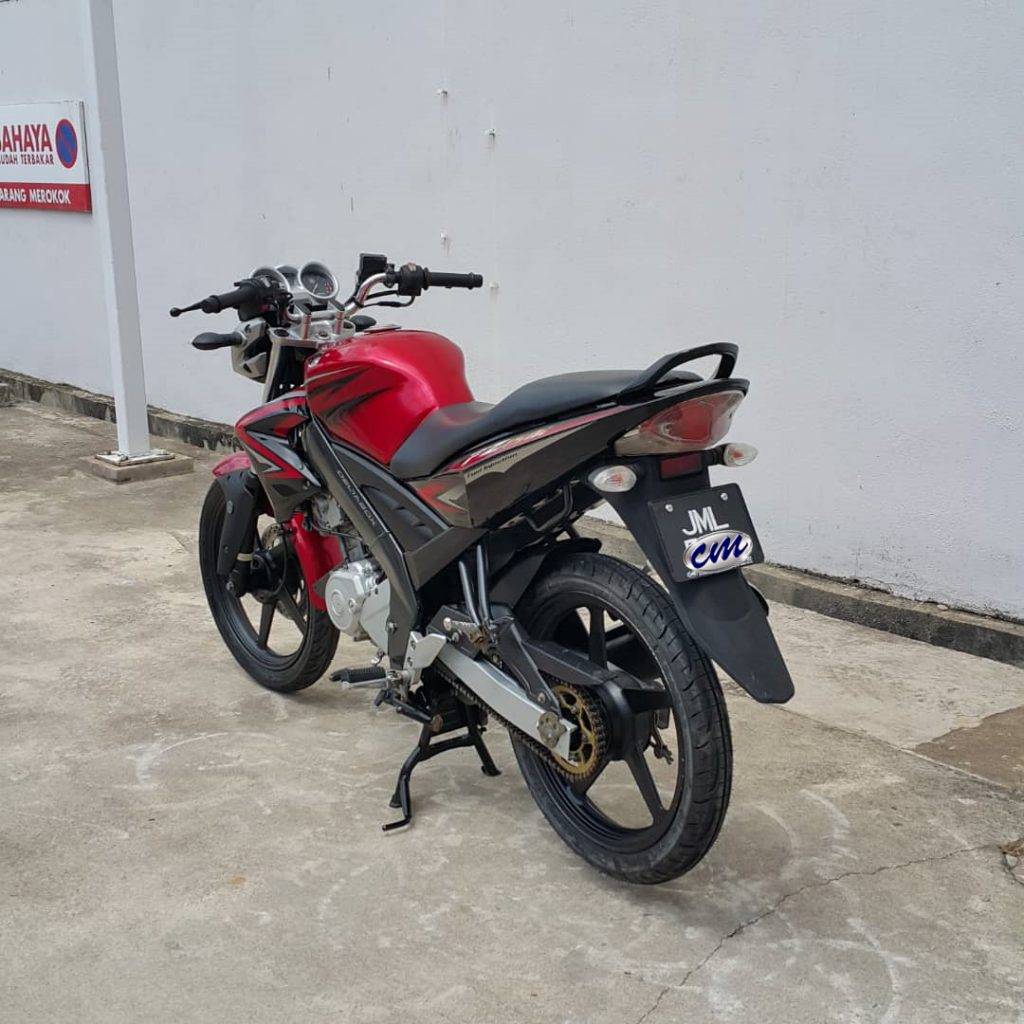 Yamaha FZ 150i ( Fuel Injection ) 2010