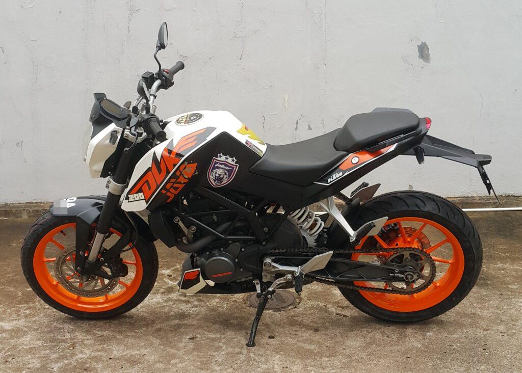 KTM Duke 200 – 2014 – OTR