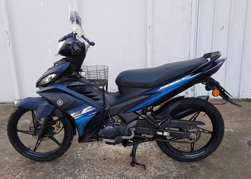 Yamaha LC 135 V6 SE – 2019 – On The Road